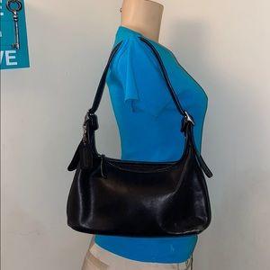 Vintage Authentic Coach Leather shoulder bag Purse